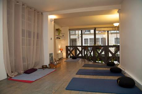 Atelier Essenza - Cours de Yoga Pilates Sophrologie Gyrotonic Paris 3ème : infos, localisation, contacts... pour ce centre de sophrologie